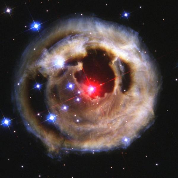 nebula_lightechoesfromredsupergiantstar-monocerotis